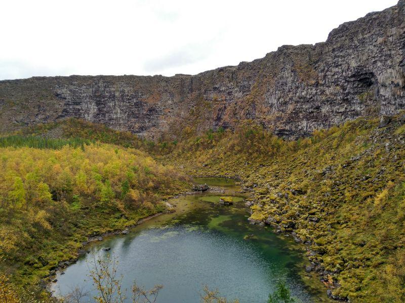 lago cañón asbyrgi