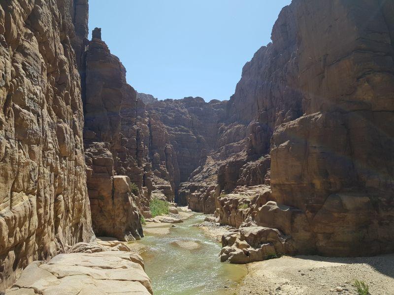 entrada cañón wadi mujib