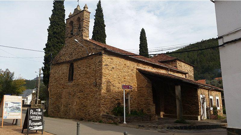 Iglesia parroquial en Las Mestas