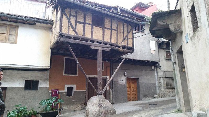 Casa de la Peña, en Garganta la Olla