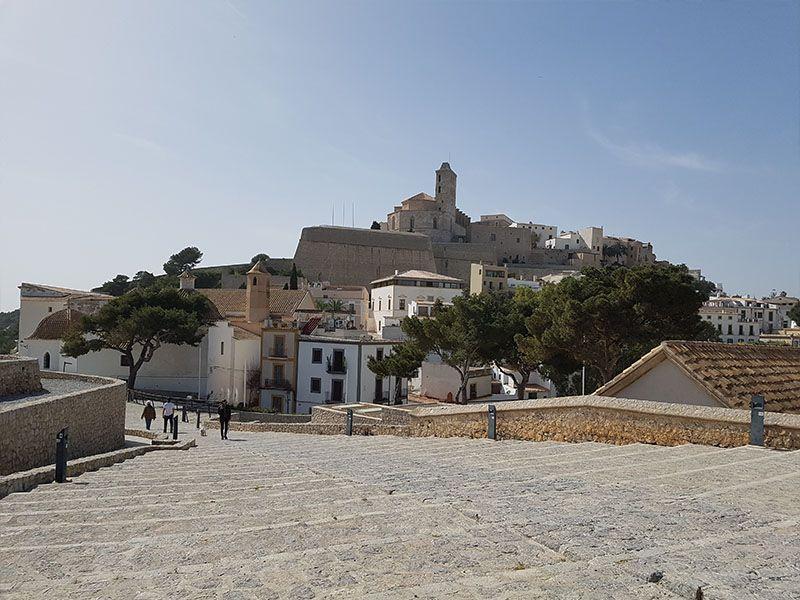 Ibiza desde el baluarte de Santa Lucía