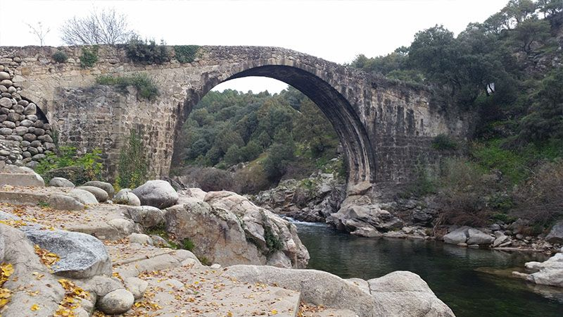 Puente romano de Alardos