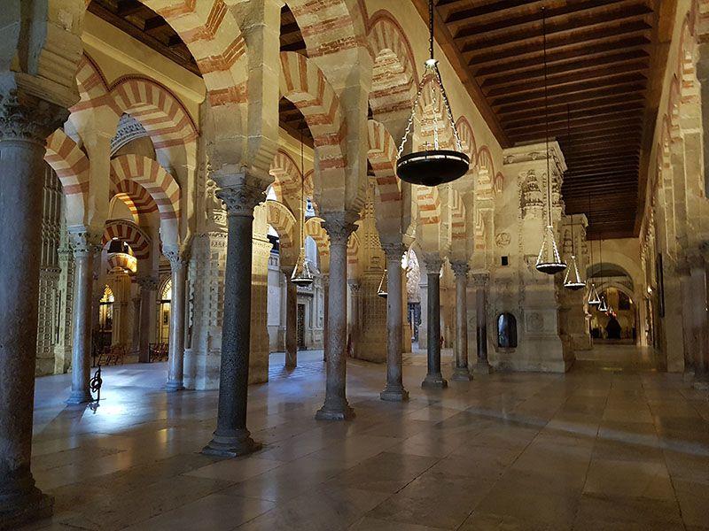 Visitar la mezquita de Córdoba es un imprescindible