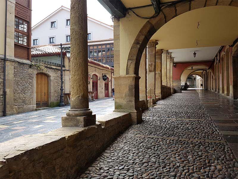Calle Galiana, un lugar que ver en Avilés en un día