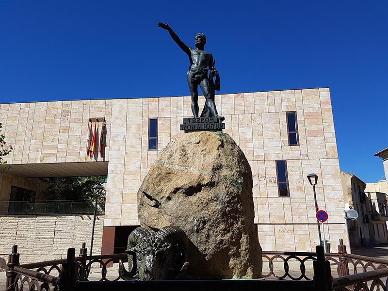 Estatua de Viriato, en Zamora