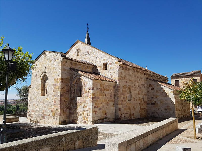 Iglesia de San Cripriano, donde hay un bonito mirador