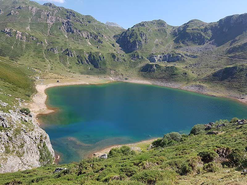 Lago de Cueva, en Saliencia