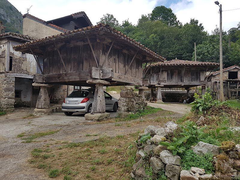 Hórreos en Asturias