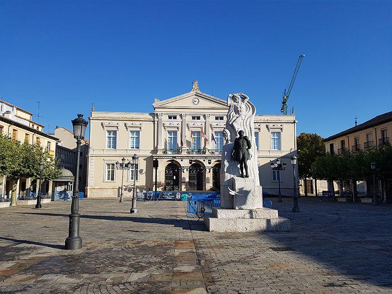Plaza Mayor y Ayuntamiento de Palencia