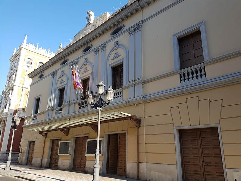Fachada del Teatro Principal de Palencia