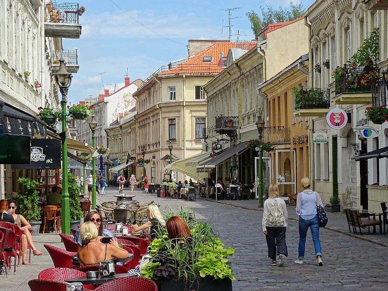 Qué ver en Kaunas en un día, la ciudad más lituana de Lituania