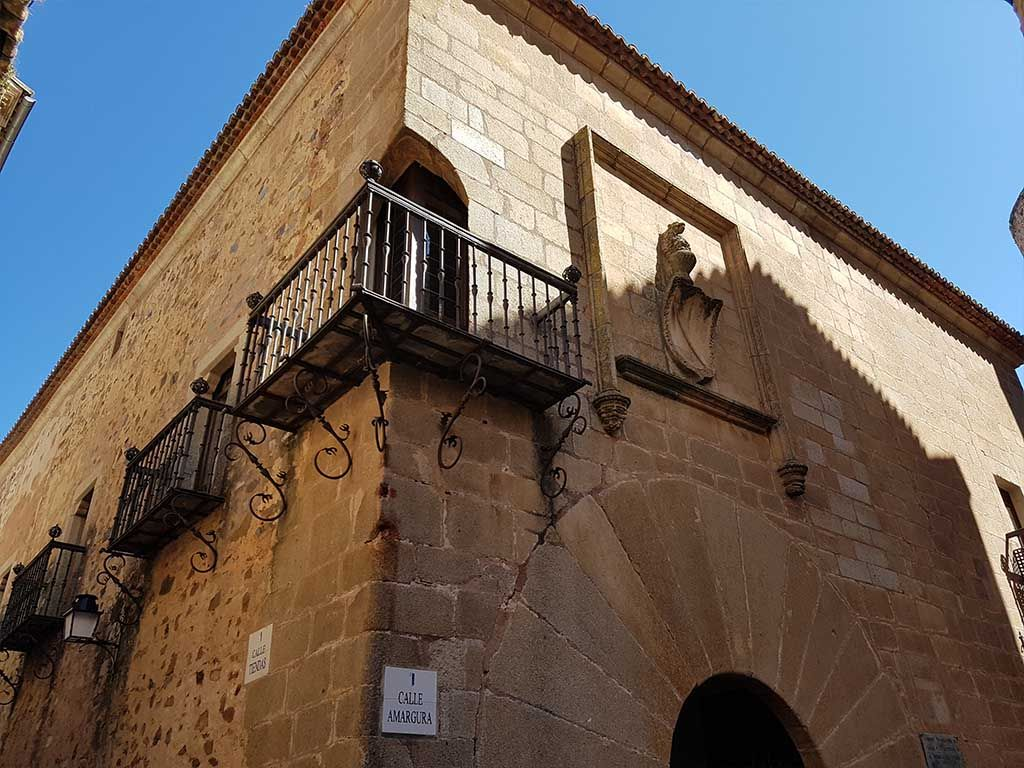 Parte de fuera del palacio de Carvajal