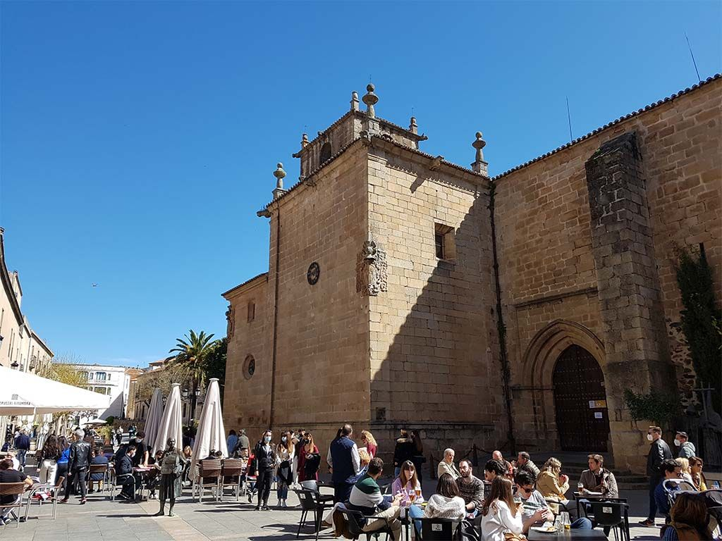 Zona de San Juan Bautista, un lugar donde comer en Cáceres