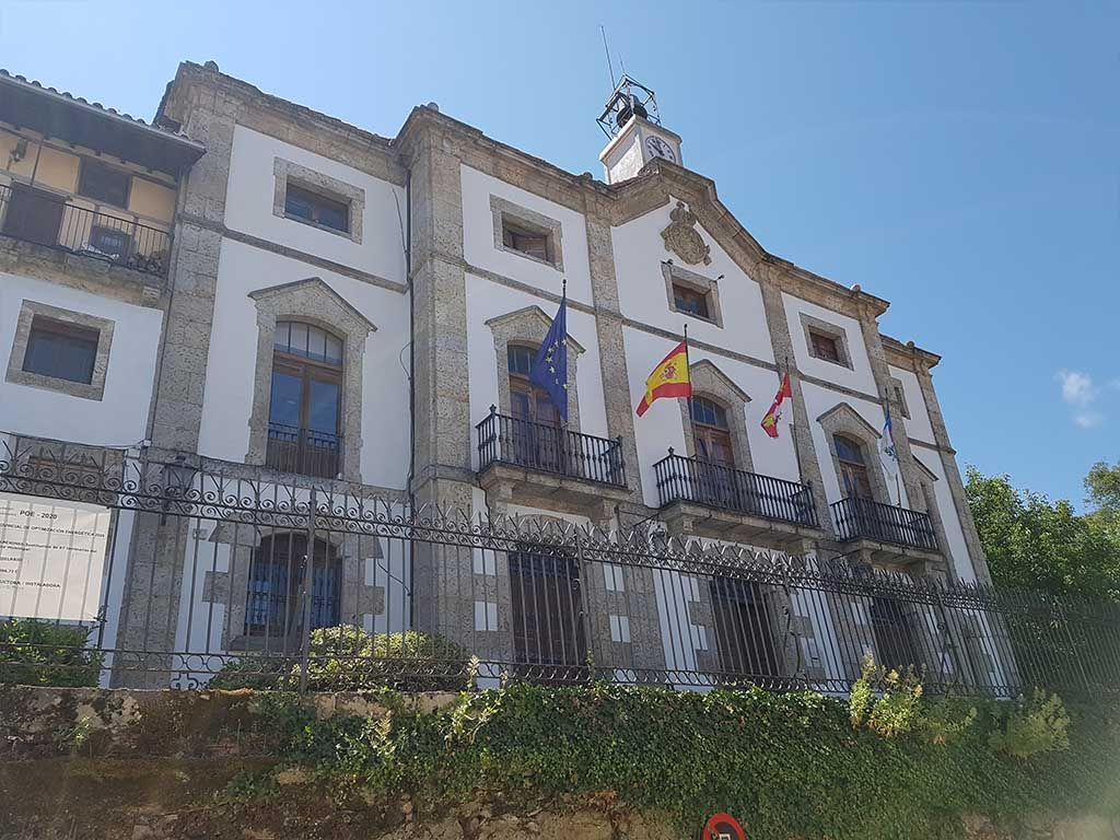 Edificio del Ayuntamiento de Candelario